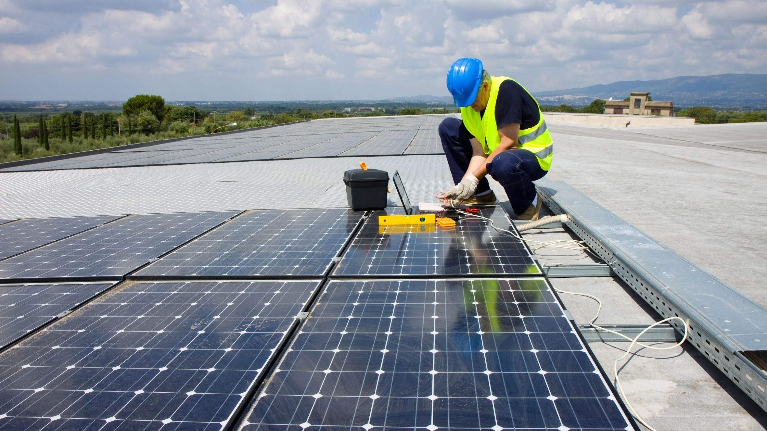 trades people and solar installers